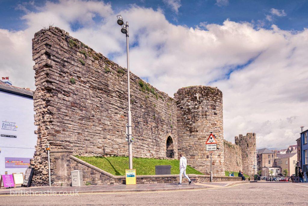 Town walls of Caernarfon